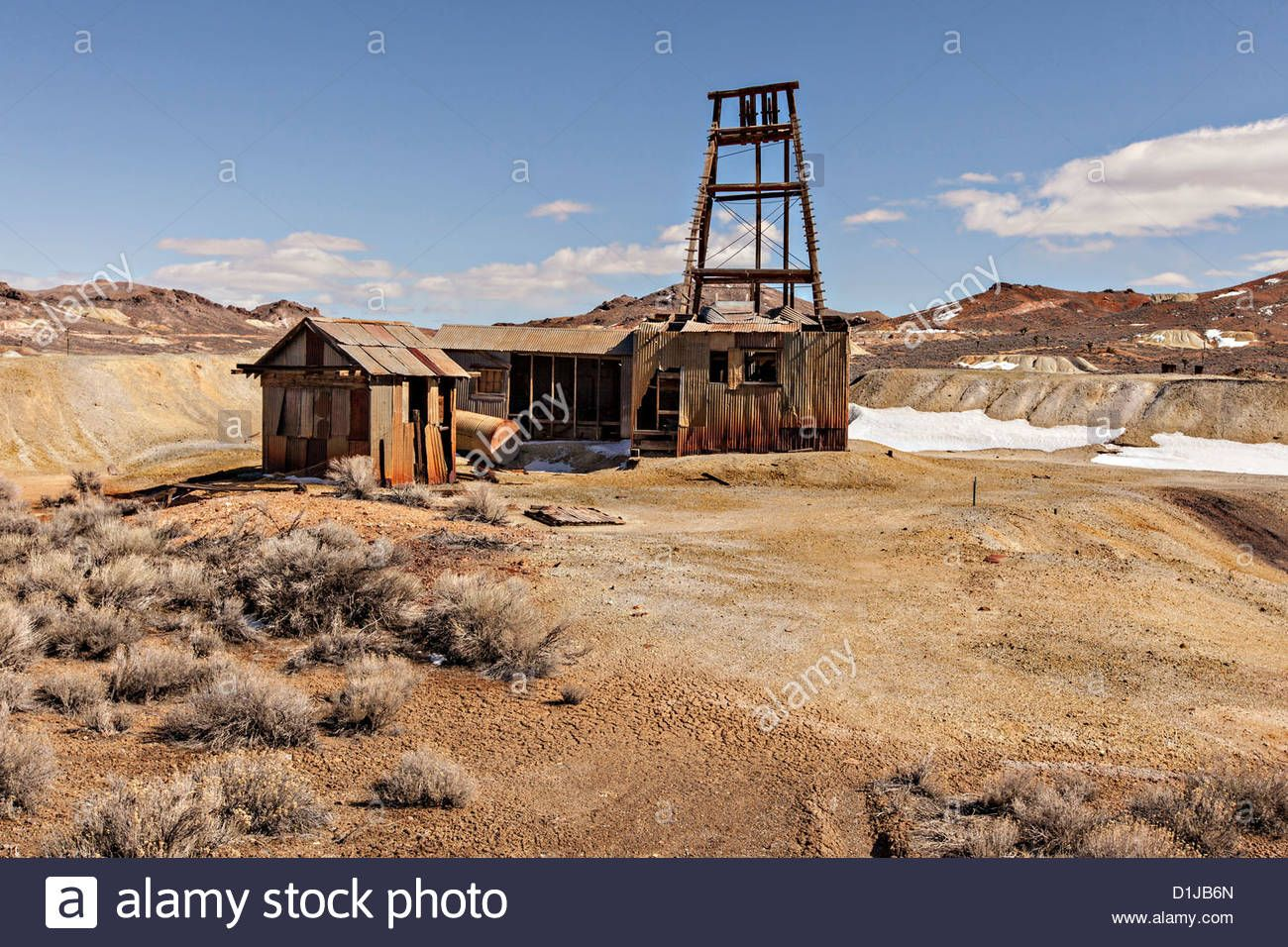 Old Abandoned Gold Mine In Former Boomtown Turned Ghost Town Goldfield Nevada Usa D1jb6n From Alamy S Library Of Millions Of Ghost Towns Gold Mining Ghost
