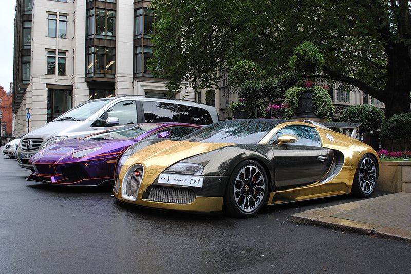 Chrome Gold Bugatti Veyron And Lamborghini Avenatdor Tron Bugatti Veyron Bugatti Veyron