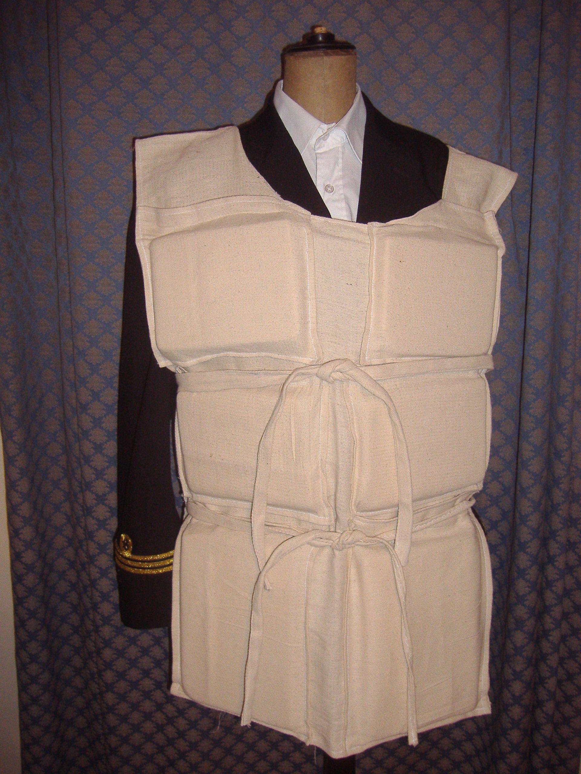 titanic life jacket rms titanicbulletproof vesthalloween - Halloween Bullet Proof Vest