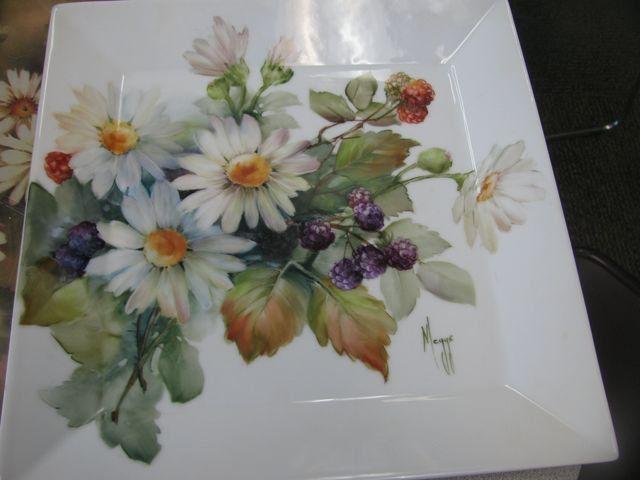Daisies & Berries