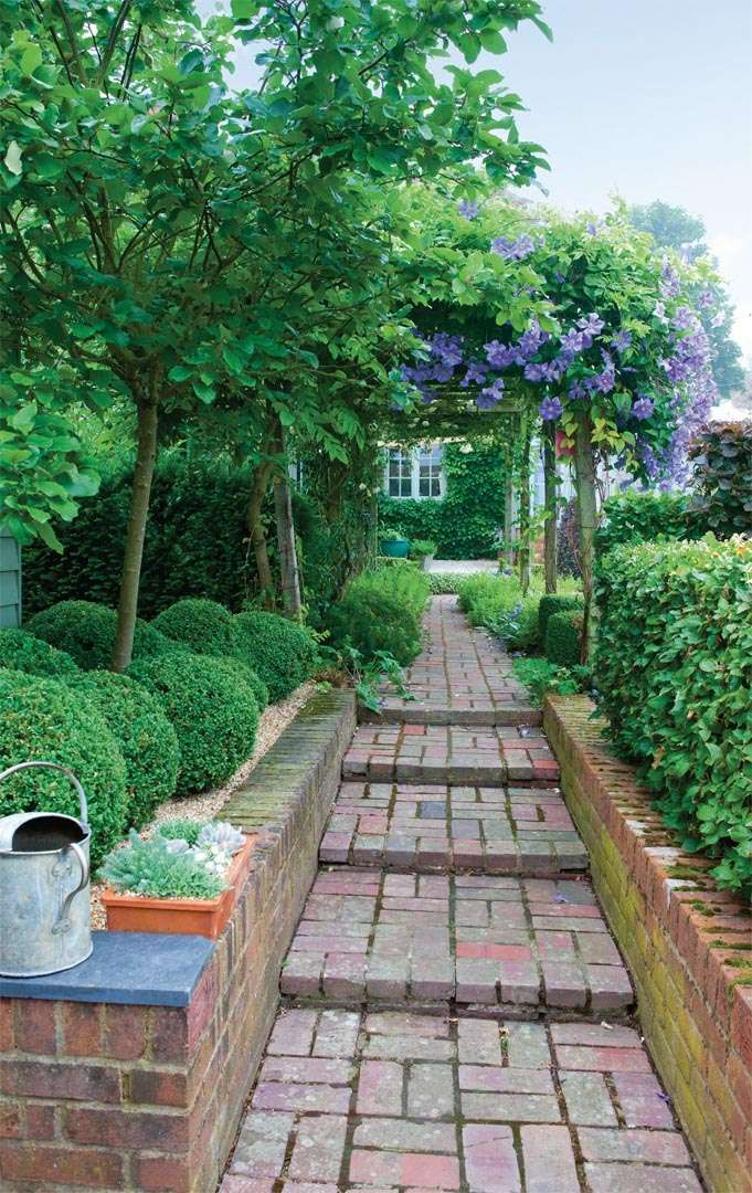 Heather Scott has added a contemporary edge to her traditional, and immaculately kept, cottage garden in Kent
