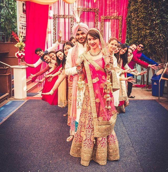 Indian Wedding Photography Ideas: Fun Moment Captured By @pdphotoworks