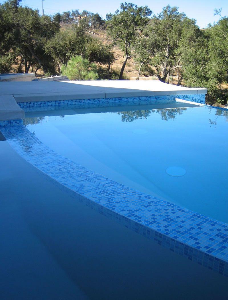 Bisazza Pool Tile | Bisazza | Pinterest | Pool retaining wall ...