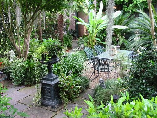 Private Residence In New Orleans Tropical Landscape New Orleans Peter Raarup Landscape D Tropical Landscaping Tropical Garden Tropical Landscape Design