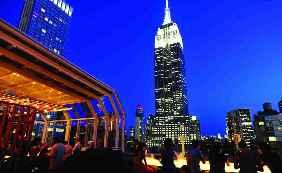 The 23 Best Rooftop Bars In America Best Rooftop Bars New York Rooftop Bar New York Rooftop