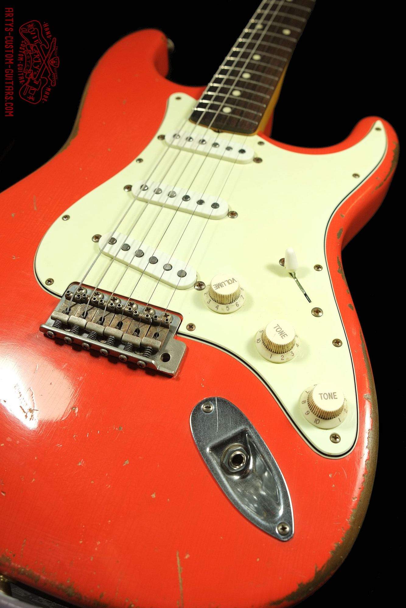 stratocaster 62 heavy relic fiesta red body artys custom guitars