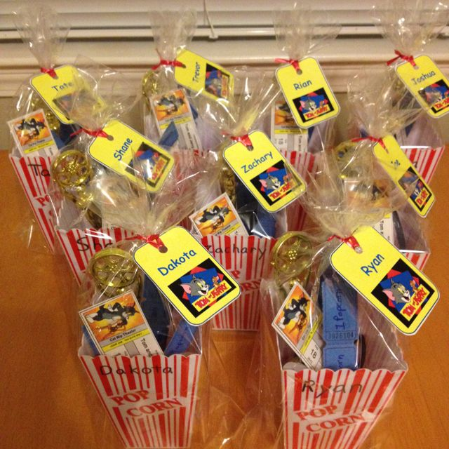 Invitations to a Tom Jerry outdoor movie birthday party for an 8