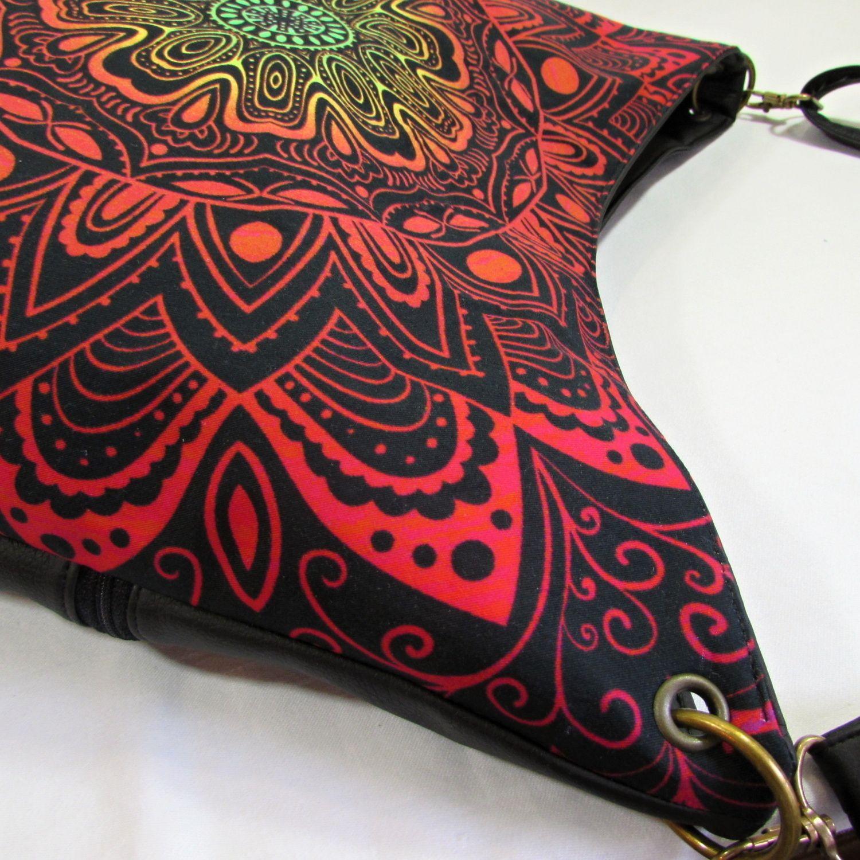 Zoe-+mandala+crossbody+kabelka +ve+větší+velikosti+ušitá+z+koženky+v ... c4d566d0164