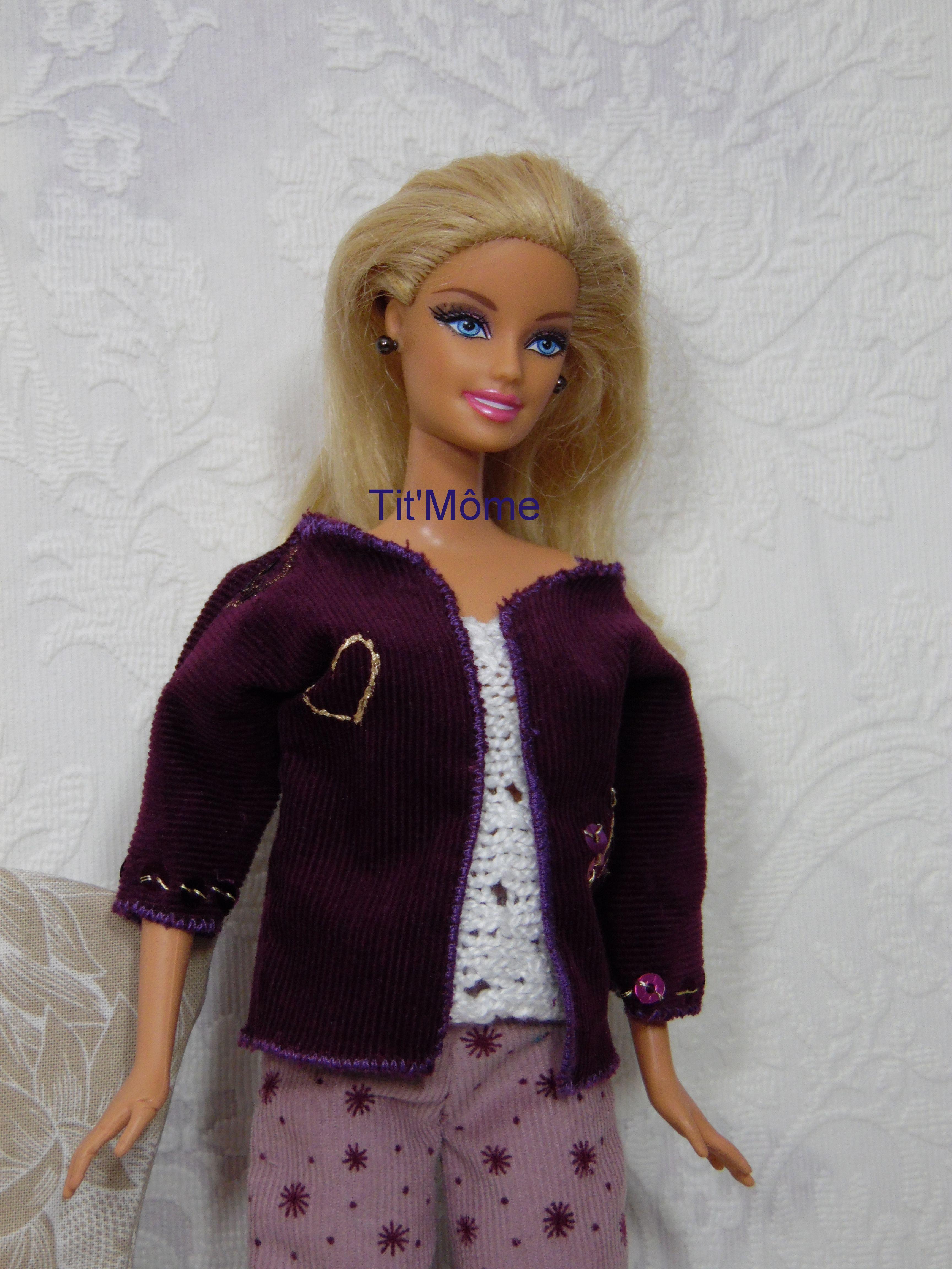 Veste En Velours Pourpre Haut Blanc Et Pantalon Velours Pour Poupee Barbie Modele Unique Fait Main En Ven Veste Velours Pantalon Velours Creation De Vetements