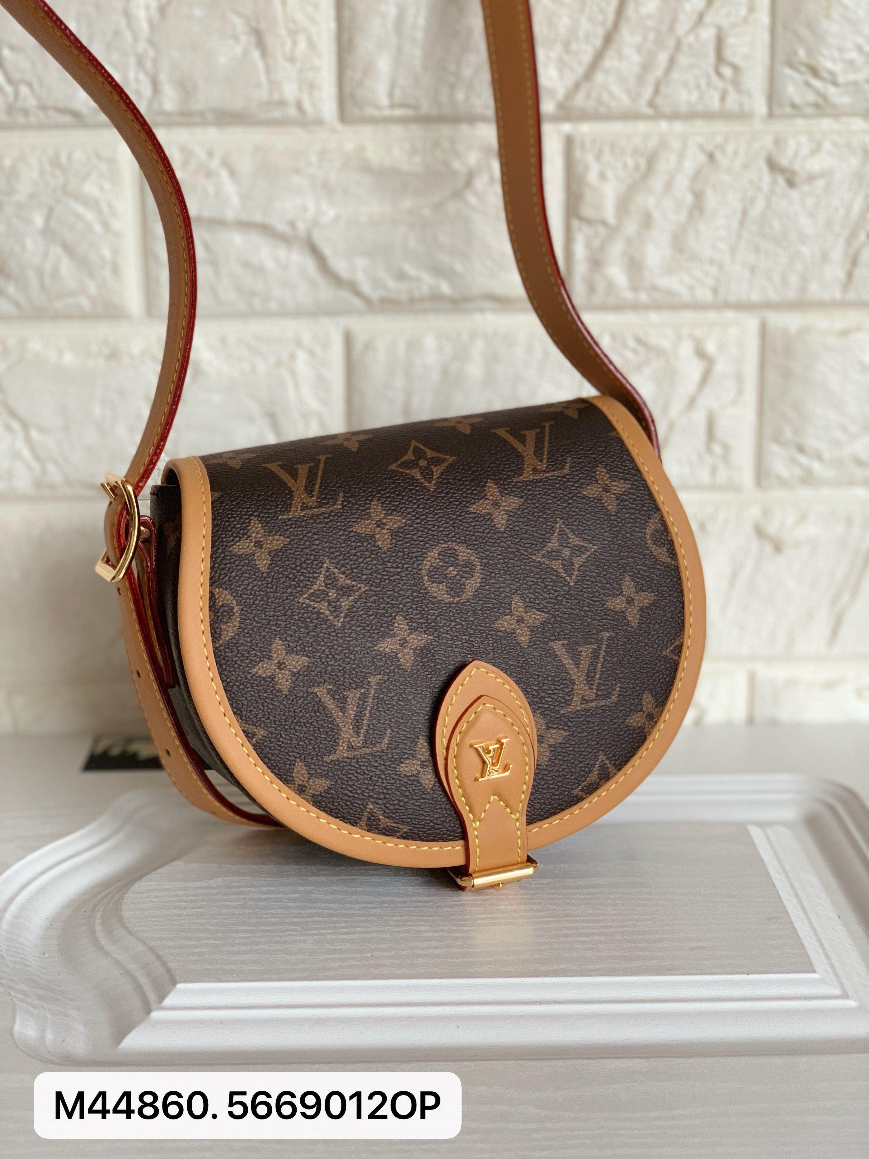 Louis Vuitton lv woman tambourin shoulder bag monogram