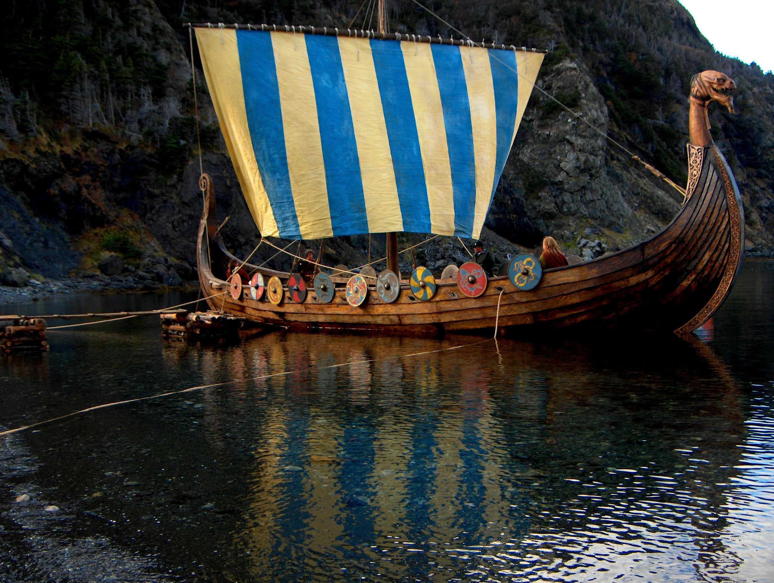 83 best images about Viking Long Boats on Pinterest | Boats ...