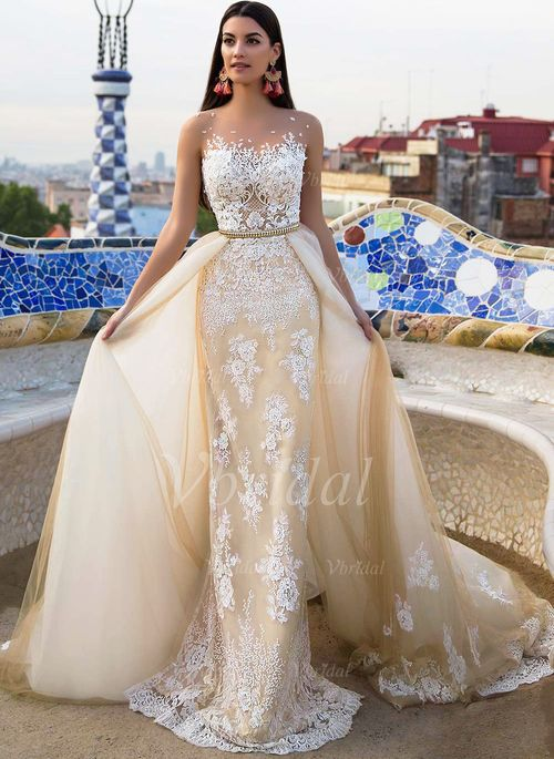 Robe mariee traine cathedrale