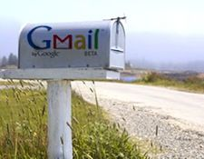Add People to Google+ Circles Directly From Gmail http://j.mp/H6gaLt