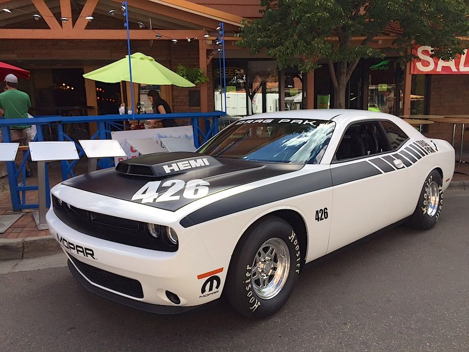 2015 Dodge Challenger Drag Pak 426 Hemi And Supercharged Hemi Are Here Preview Tflcar Com Automotive Ne 2015 Dodge Challenger Dodge Challenger Muscle Cars