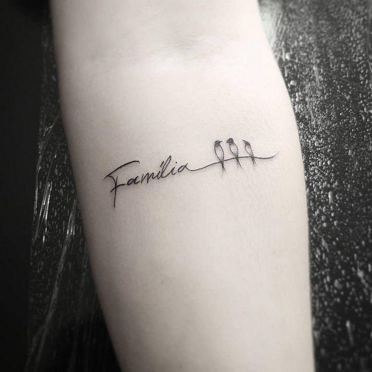 familie ist ein wort das fuer viele  family tattoo