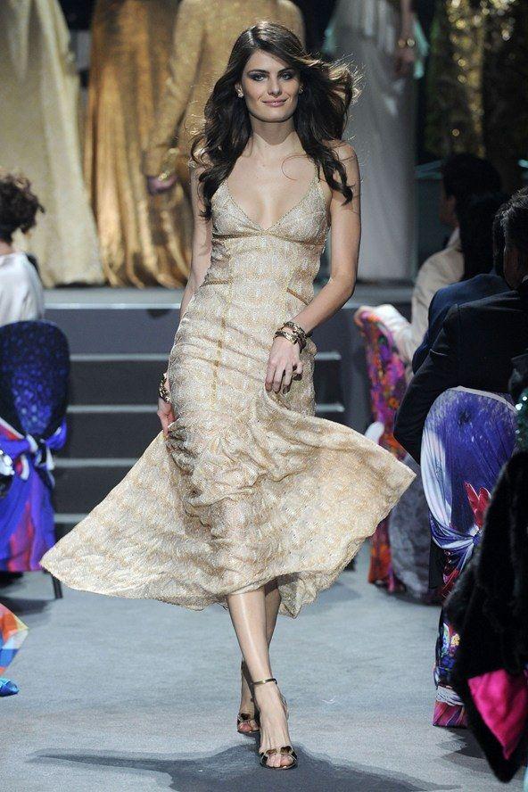 Gold dress. LOOK-29---MISSONI_592x888