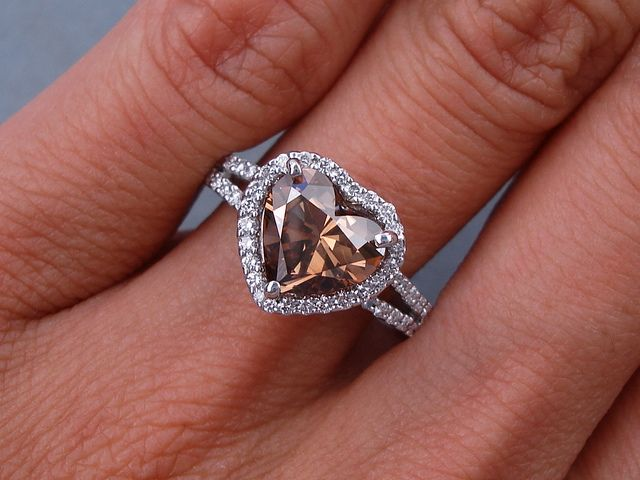 230 ctw Heart Shape Diamond Engagement Ring It has a ravishing