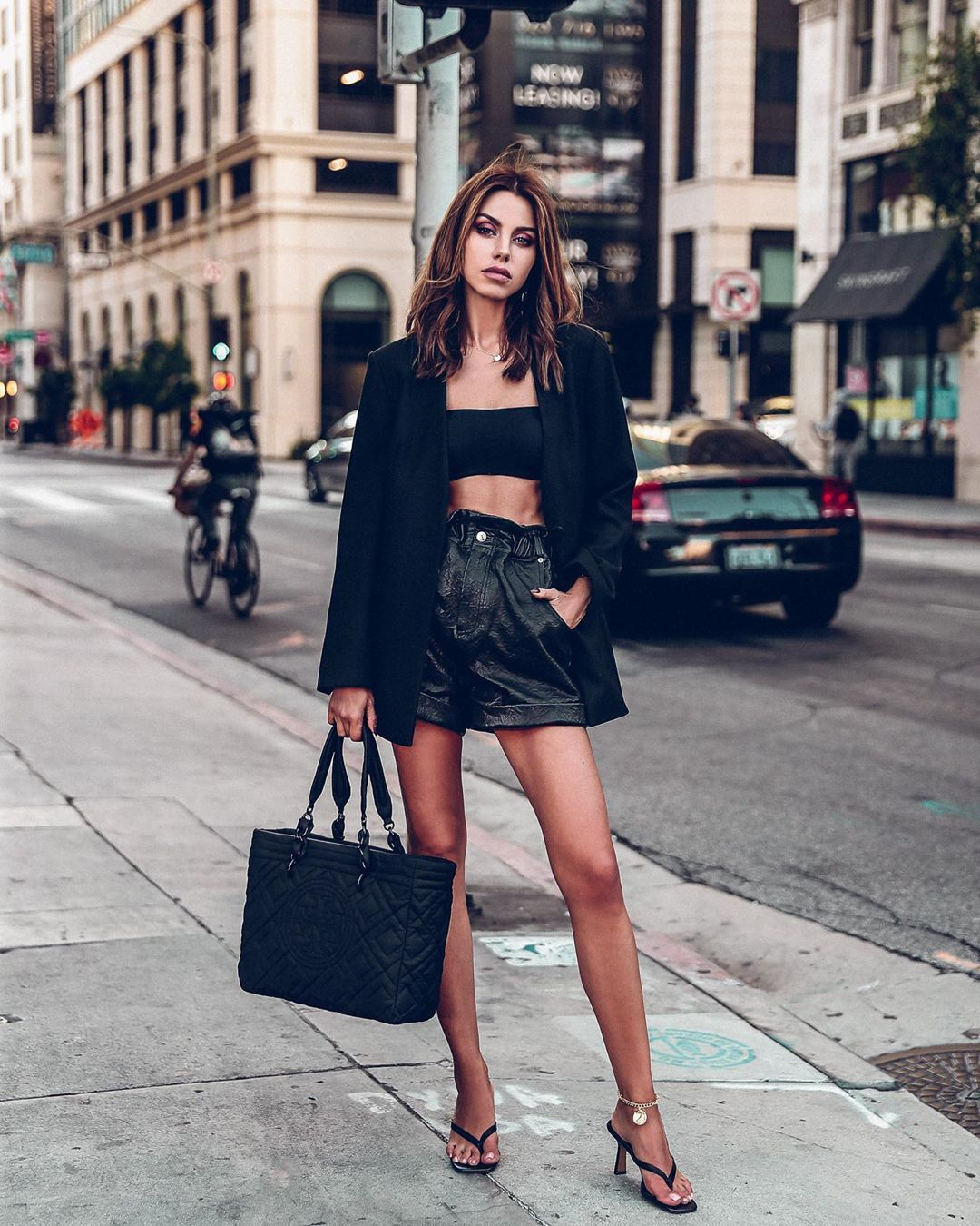 """ANNABELLE FLEUR on Instagram: """"@esquar.ed styled this look ? serious trend awareness points for heeled flip flops ???"""""""