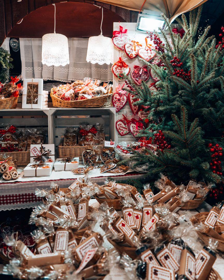 Christmas Markets, Krakow, Poland lilyslensonlife in