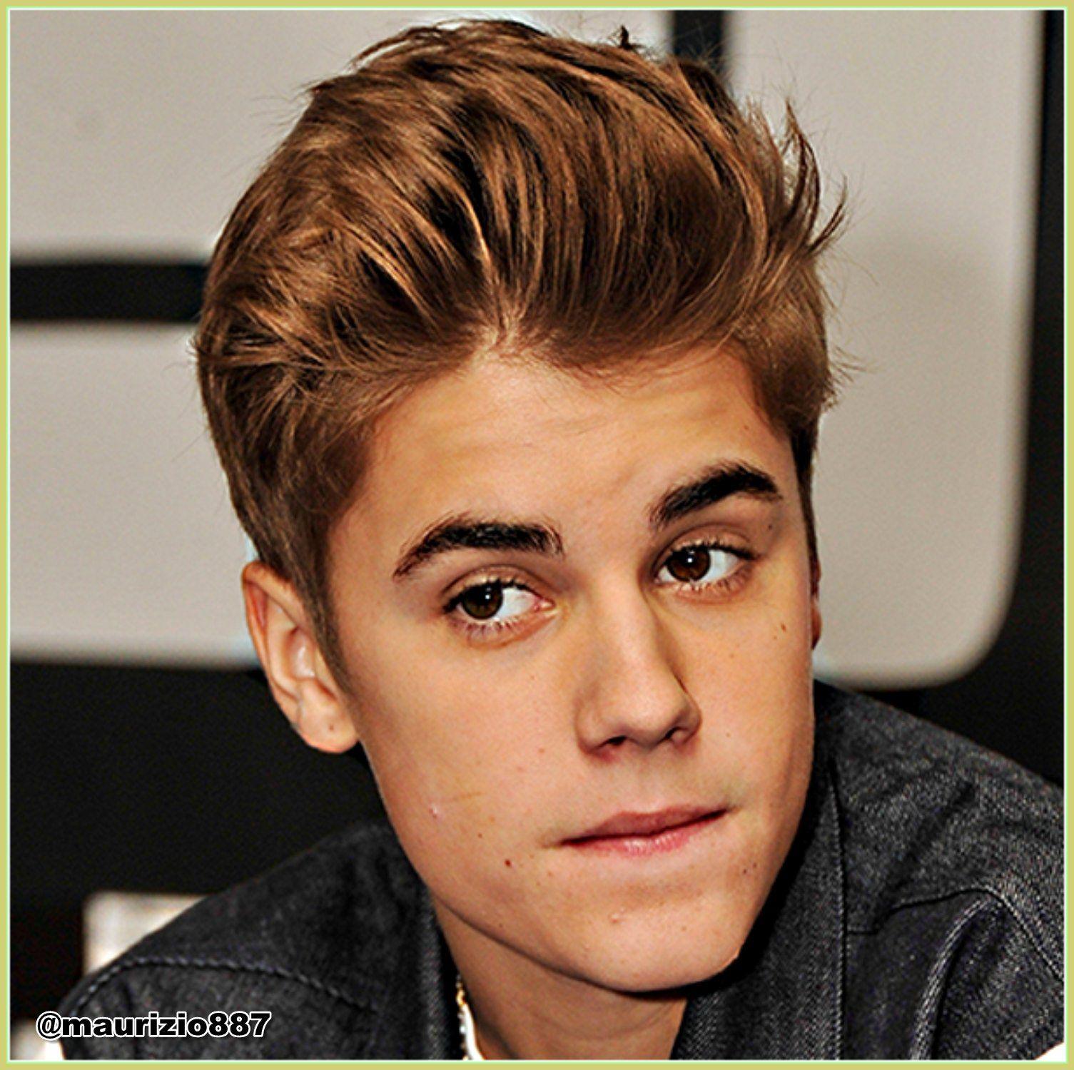 Justin Bieber Photo Justin Bieber 2013 Justin Bieber Brown Hair Mens Hairstyles Curly Hair Men