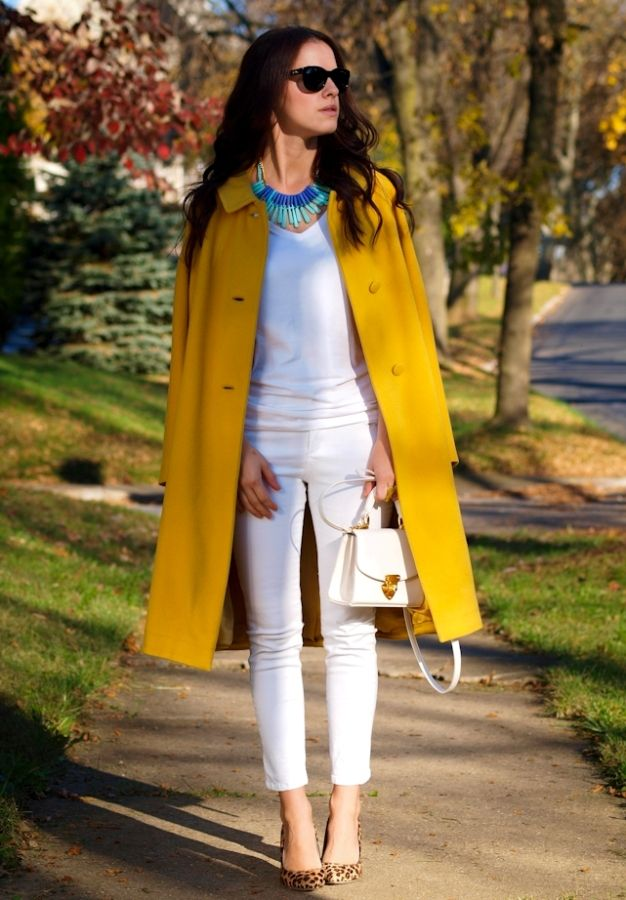 d01376c3ff16 all-white-outfit-with-mustard-coat-and-leopard-pumps-with-blue-tribal-necklace