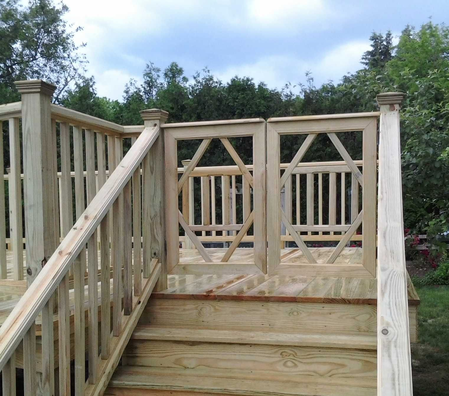 how to build a deck gate that will not sag