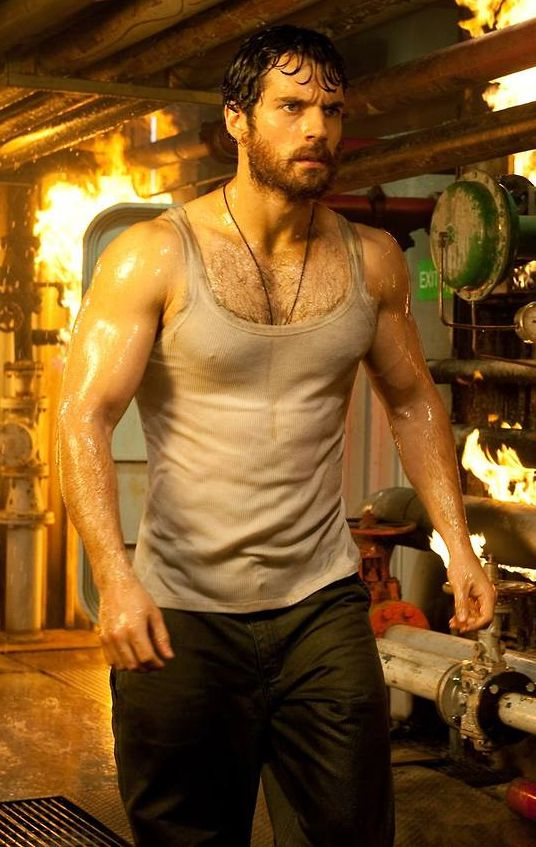 How To Get A Man Of Steel Body Superman Star Henry Cavill -1510