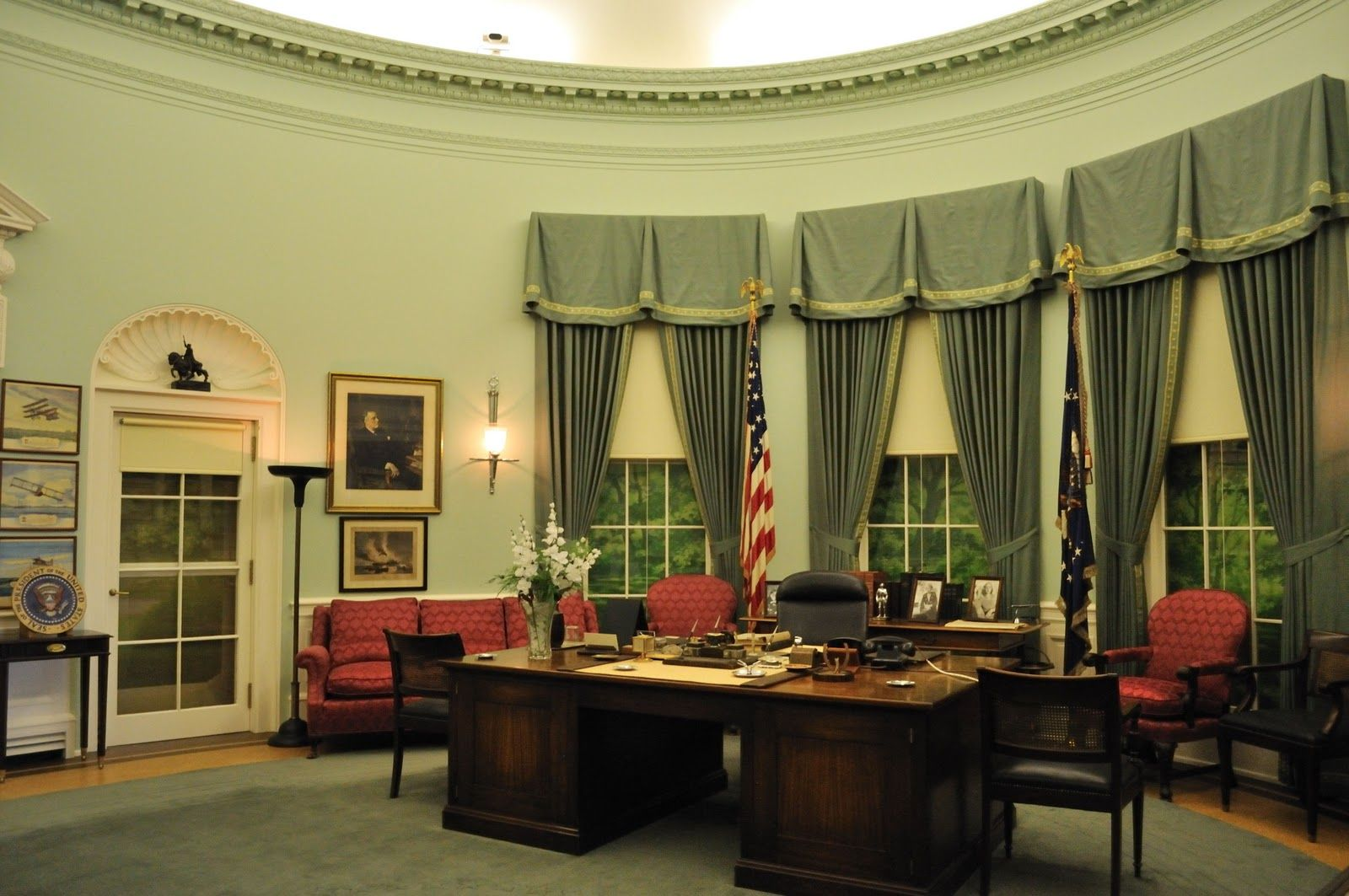 replica jfk white house oval office. White House Oval Office | The Replica Of Room As It Looked During President Jfk