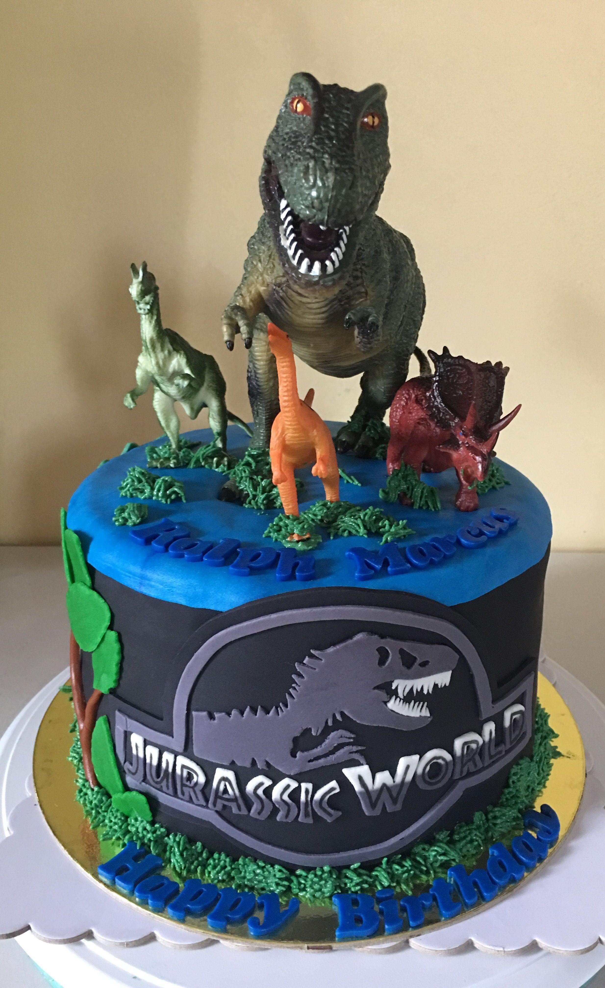 Jurassic World Cake Belle S Sweet Treats Pinterest Con