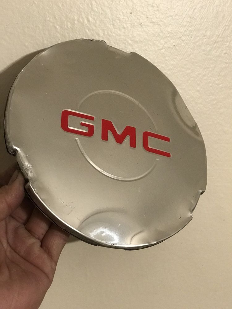 Oem 15712389 Wheel Hub Center Cap Chrome For Gmc Sierra 1500 Yukon Xl Generalmotors Wheel Hubcap Center Caps Gmc Hubcaps Gmc Sierra 1500 Gmc Sierra Gmc