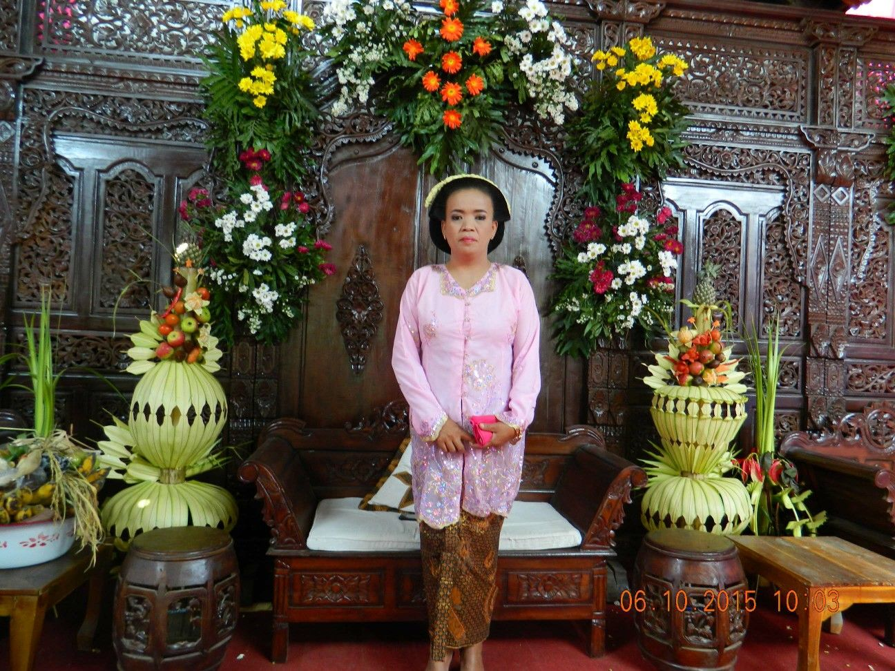 Central Java Wardrobe for wedding traditional