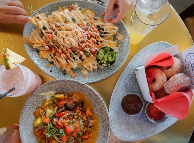 Not your average Basic B*tch Disneyland Food Guide #disneylandfood Not your average Basic B*tch Disneyland Food Guide - biancakarina #disneylandfood