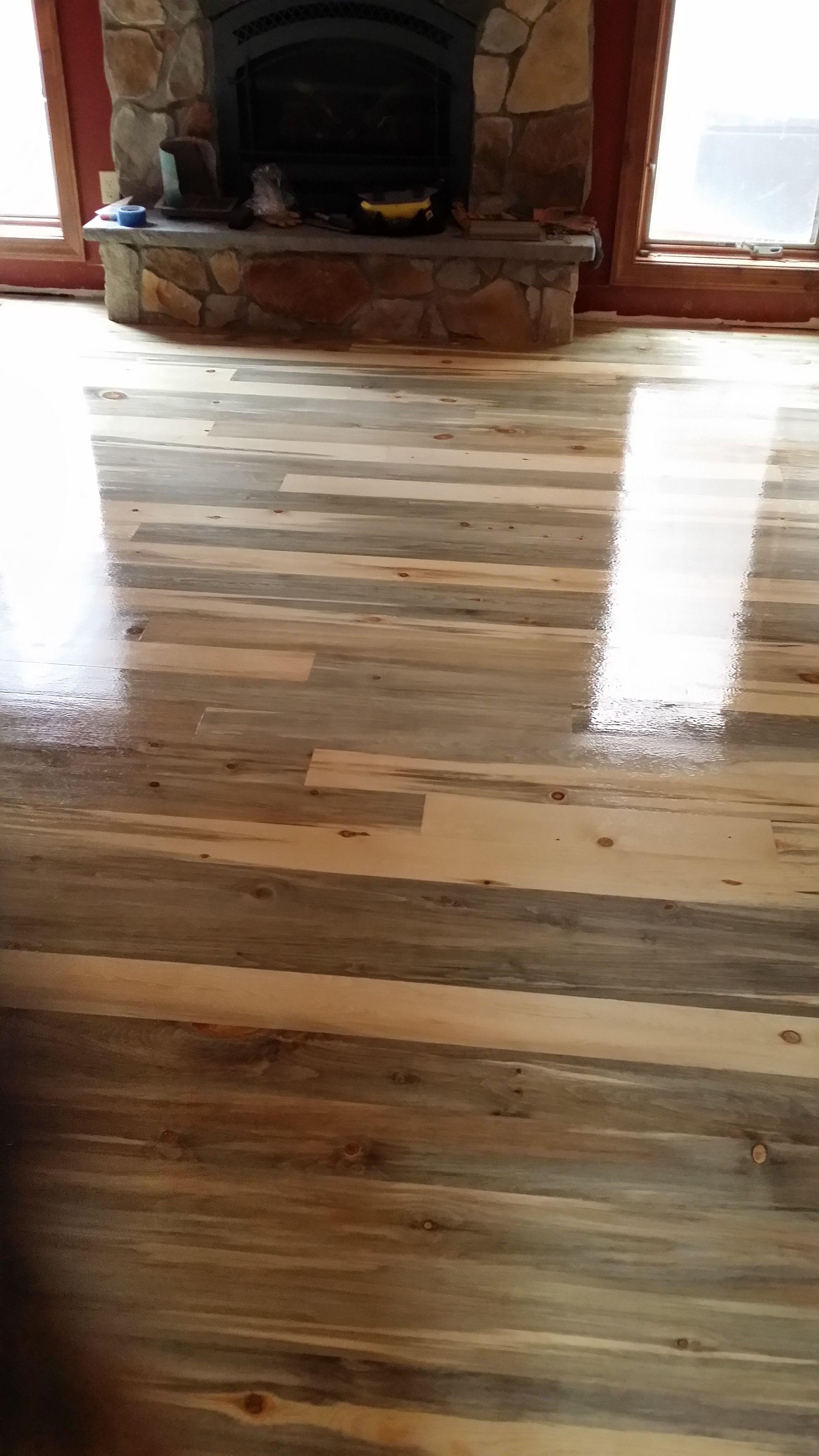 Colorado Beetle Kill Pine Reclaimed Flooring Byhttpwwwwiththegrainprofessionalhardwoodflooringnet
