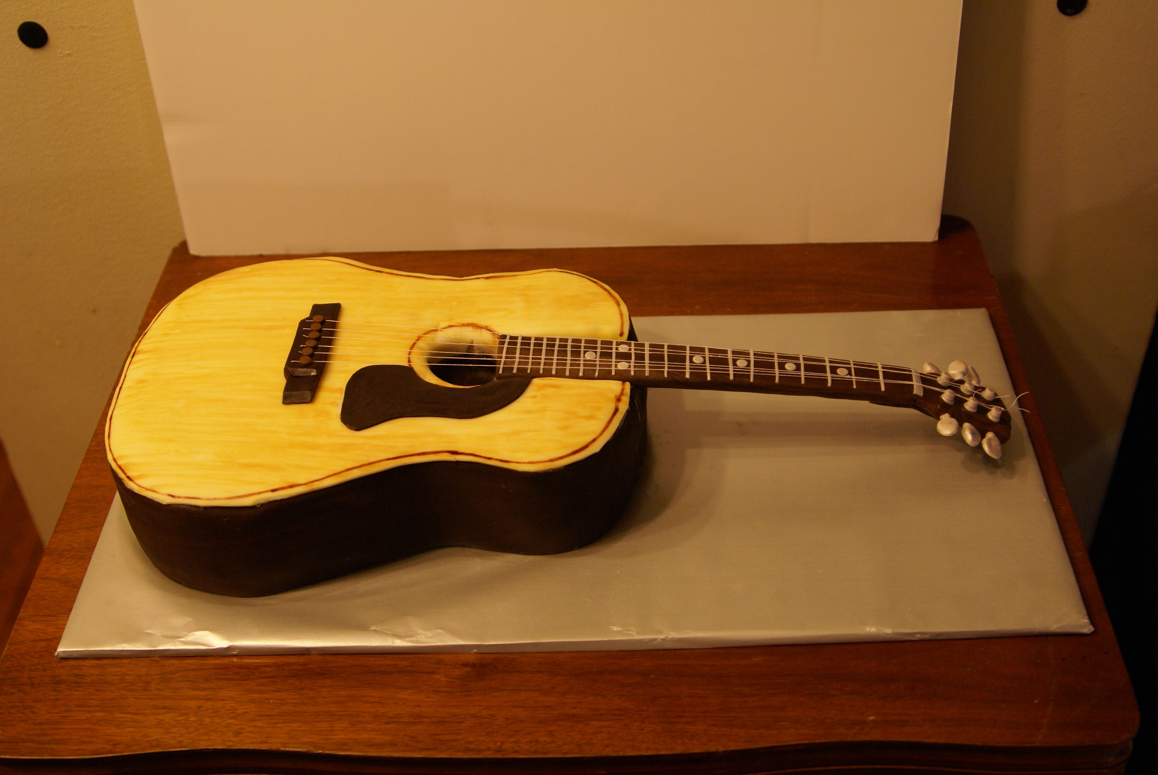 Acoustic guitar cake well this one is pretty strait for Guitar templates for cakes