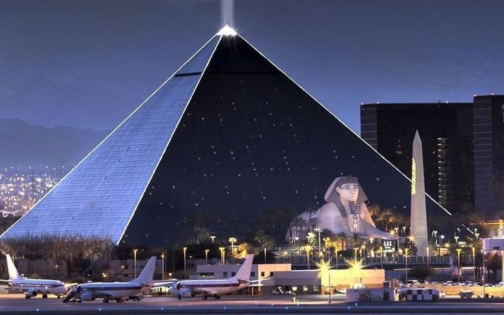 Luxor Hotel Set Within An Iconic Pyramid Structure Las Vegas Provides Impressive Array Of Entertainment Options Including A 120 000 Square Foot