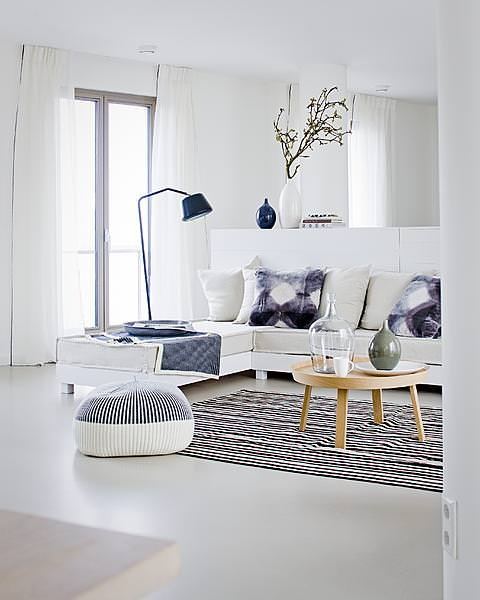 45 Amazing Scandinavian Living Room Designs : 45 Amazing Scandinavian  Living Room Designs With White Wall And Sofa Table Pillow Lamp And Cushion  And Wooden ...