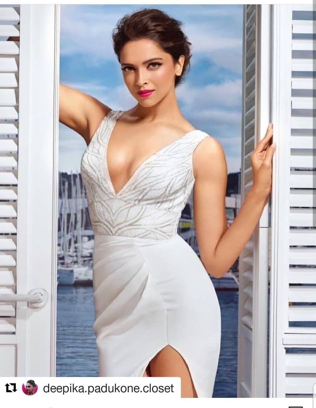 Romanian amateur posing sexy