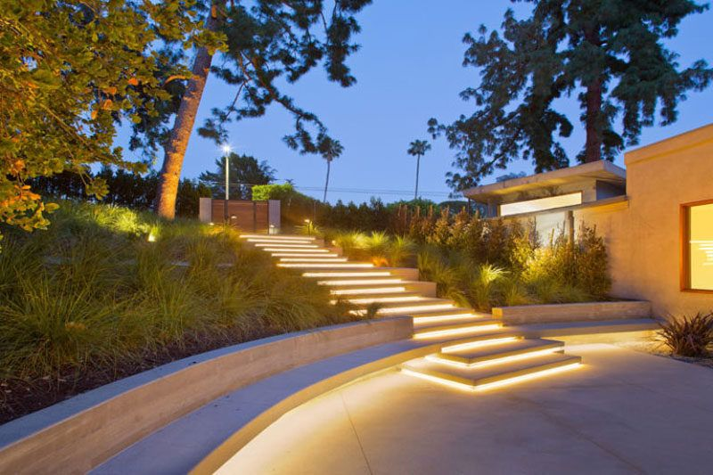 8 Outdoor Lighting Ideas To Inspire Your Spring Backyard Makeover Backyard Lighting Landscape Lighting Design Backyard