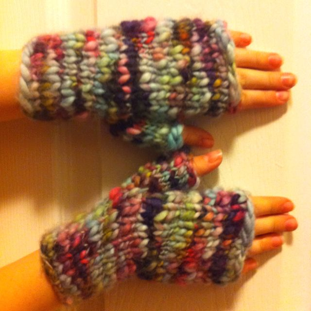 Fingerless mittens knit with handspun thick-n-thin. My weekend project - and I LOVE how they turned out!