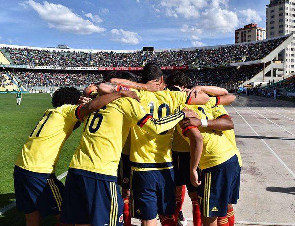 RT @ServientregaCS: Calentamiento de nuestros jugadores en el Metropolitano #COLvsECU #ServientregaYLaSeleccion #VamosColombia https://t.co/fgAchj91zX