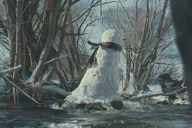Pubblicità di Natale: tenerissimo pupazzo di neve! [VIDEO] - Offerte di lavoro | iJobs.it