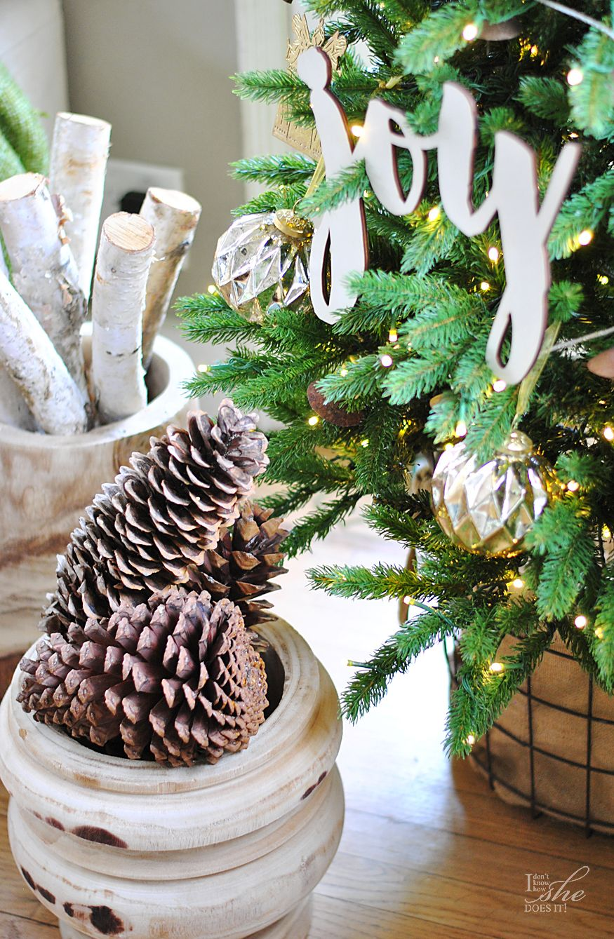 """Christmas Homes Blog Tour 2016. Looking for an alternative to """"tree skirts""""? How about a basket? I found this basket at @Homegoods and it brought some character to my tree besides adding texture to my decor. (#sponsored)"""