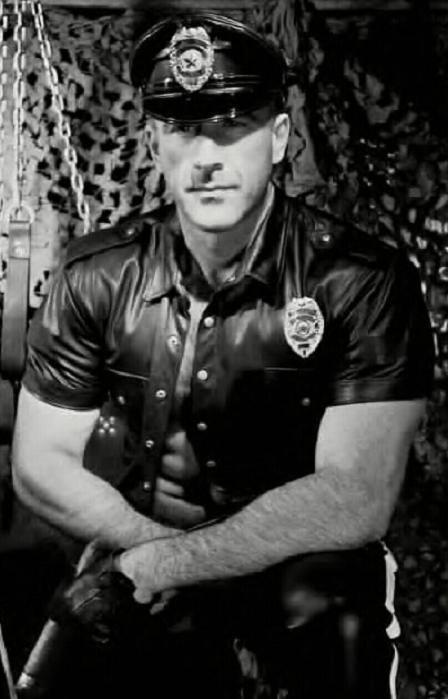 Classic Leatherman.