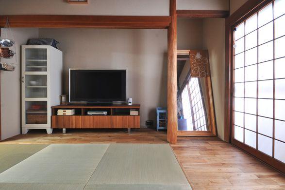 押入れを撤去し リビングスペースを広くとりました 押入れの鴨居や床柱は既存のまま活かしています 家 空間デザイン リフォーム