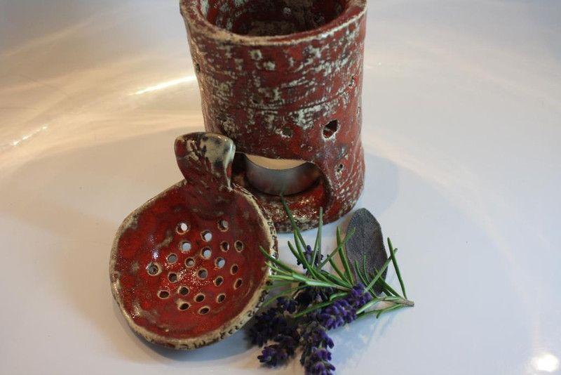 Windlichter Raucherstovchen Keramik Ein Designerstuck Von Konform Art Bei Dawanda Keramik Raucherschale Keramik Kunst