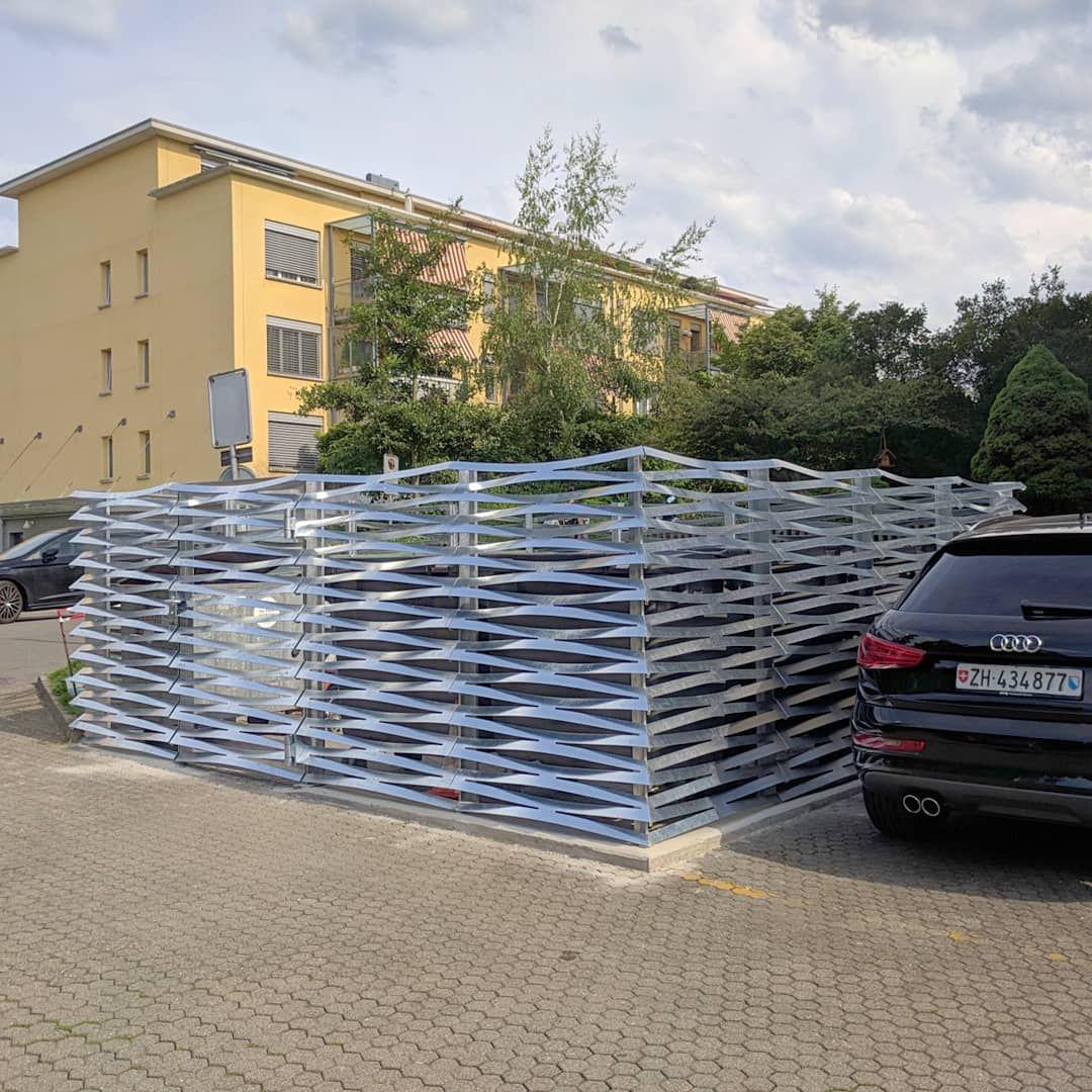 PlexusH Sichtschutz von Metall Werk Zürich AG