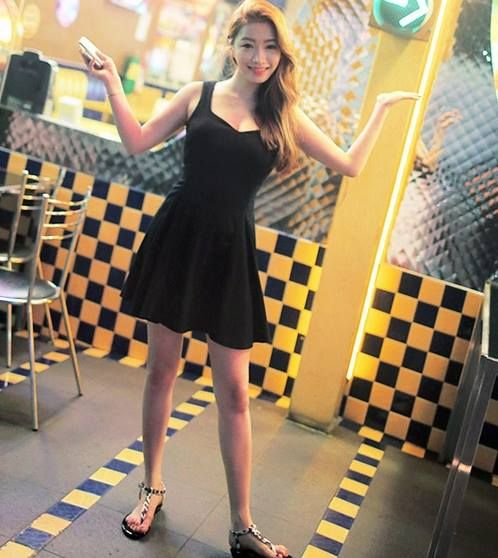 STYLE NANDA - LUX SKIRTS ®™ NANDA-NANDA-D230 (GLAM FLARE) -IDR 385,000 For order or question, please contact us LINE ID: naesylli94 Follow our IG: @import_stuff99 #jualanku #bajuwanita #fashionwanita #modecewek #wanita #girl #cute #cantik #preorder #pokorea #jualan #blouseimport #blouse #koreafashion #fashion #fashionblogger #beautyfashion #kosmetik #stylenanda #olshopindo #koreastyle #korea #lifestyle #fashion #bloggerindo #bajukodok #rippedjeans #trustedseller #jualanbaju #stylenanda