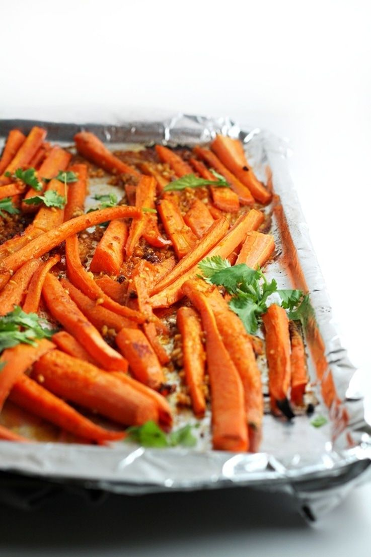 Vegane Partyhäppchen Maple And Hot Chili Pepper Paste Gochujang Roasted Carrots