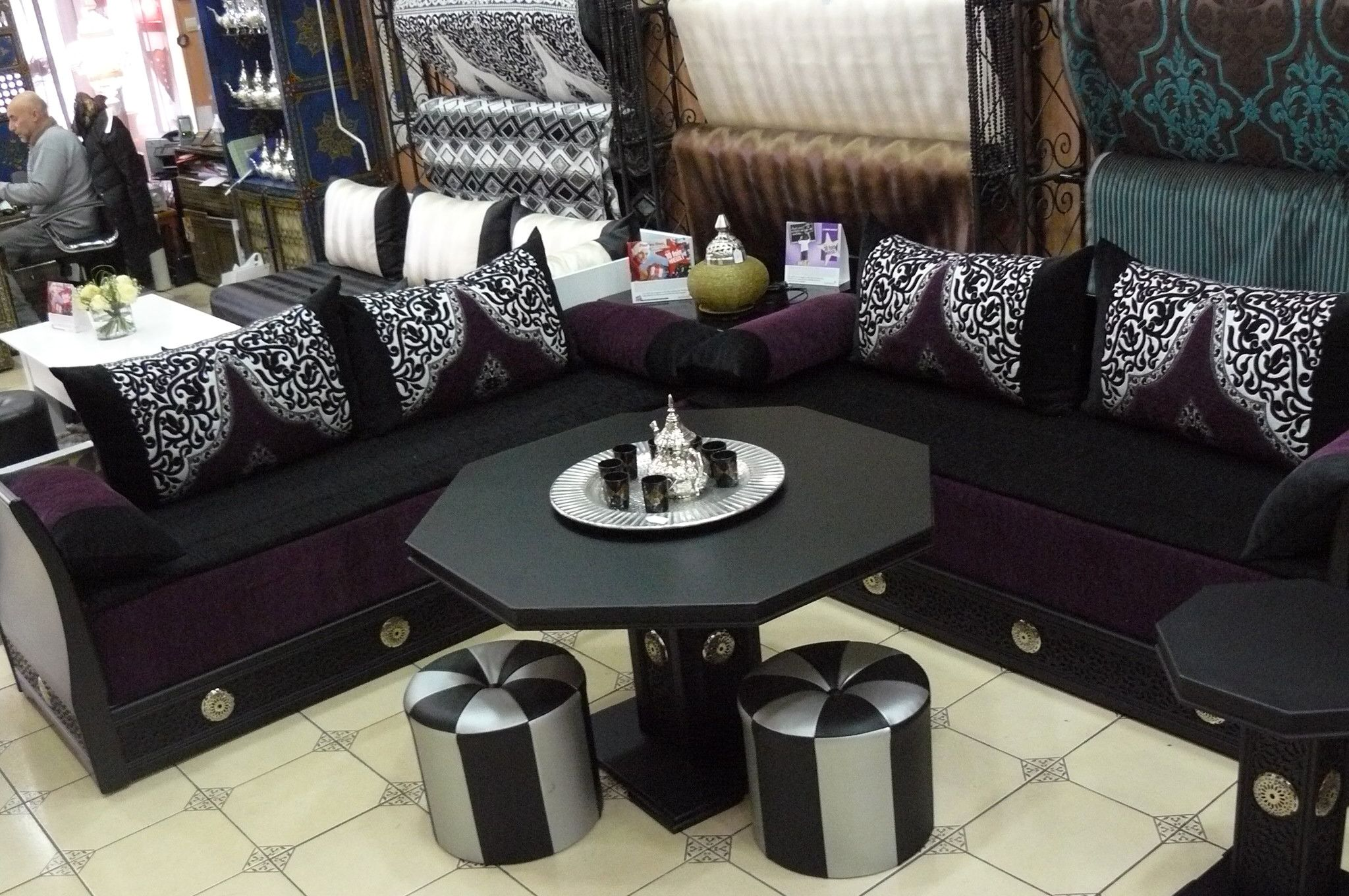 Emejing Salon Marocain Moderne Ennoir Photos - House Design ...
