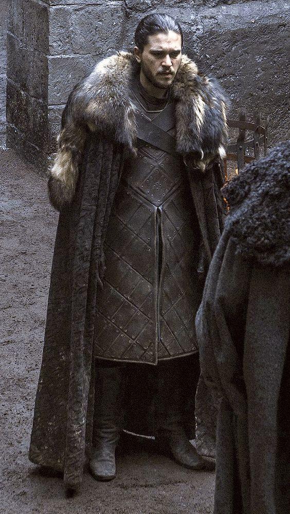 Jon Snow. Game of thrones season 6 movie costumes.North